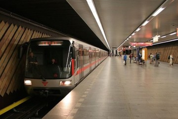 President home 800px prague metro station nadrazi holesovice 635x357