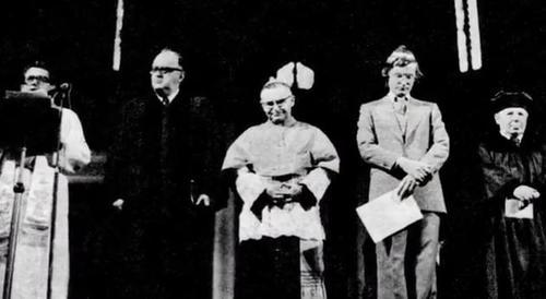 Joint prayer of Catholic, Jewish and Protestant clerics on 31 October 1975